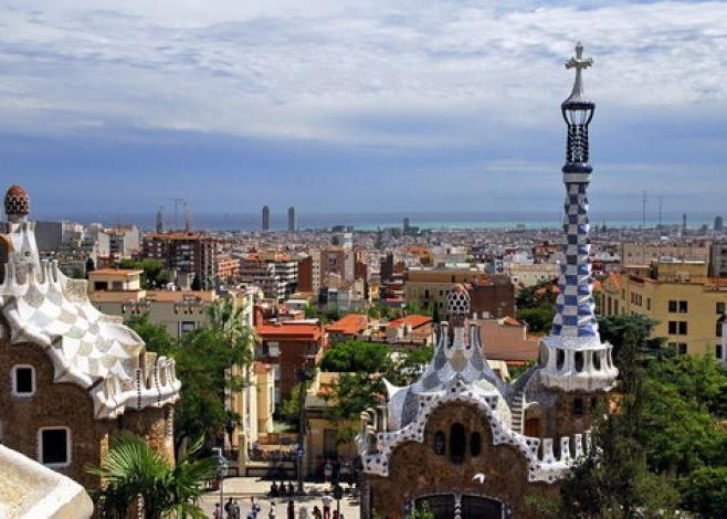 Barcelona - �zek, sport �s �p�t�szet