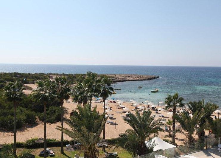 Ciprus, Ayia Napa: The Dome Beach Resort 4*+, all inclusive