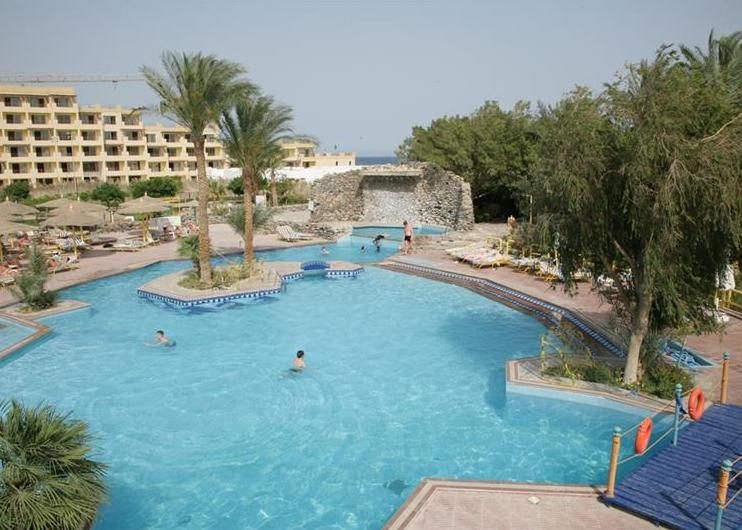 Shams Safaga Beach Resort 3*