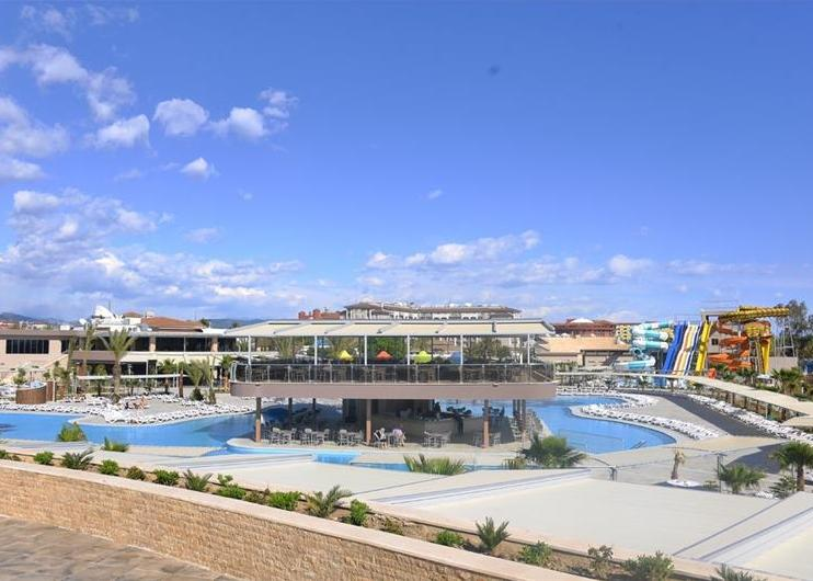 Vadonat�j luxushotel a T�r�k Rivi�r�n, Side: Sunmelia Beach Resort Hotel 5*, all inclusive