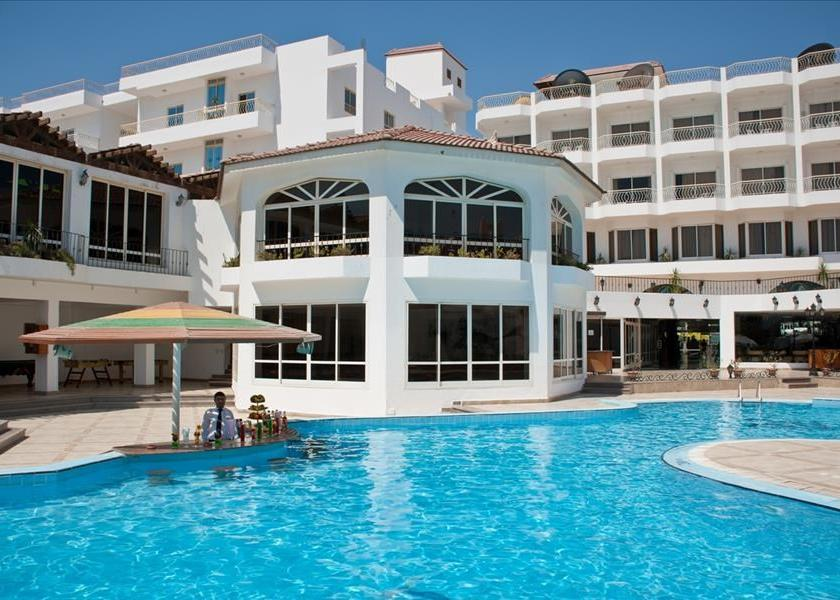Minamark Beach Resort Hotel 4*