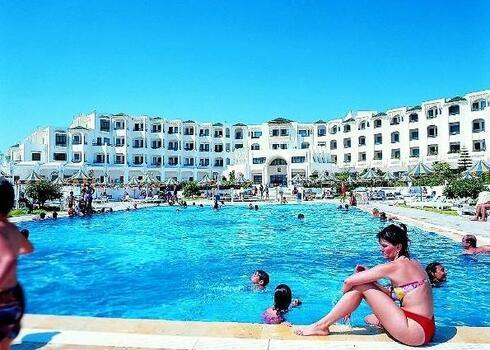 Tun�zia, Mahdia: Hotel Thapsus 3*, f�lpanzi�val