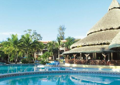 Dominikai K�zt�rsas�g, Boca Chica: Be Live Hamaca 4*, all inclusive