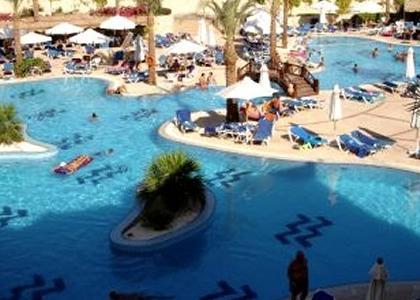 Egyiptom, Sharm el Sheikh: Hilton Sharm Sharks Bay Hotel 4*, all inclusive