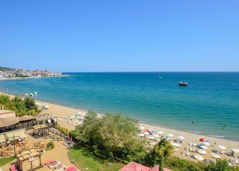 Bulg�ria, Nessebar: Hotel & Appartements Caesar Palace Beach 4*, all inclusive