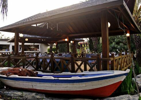 T�r�korsz�g, Antalya: Royal Wings Resort 5*, ultra all inclusive