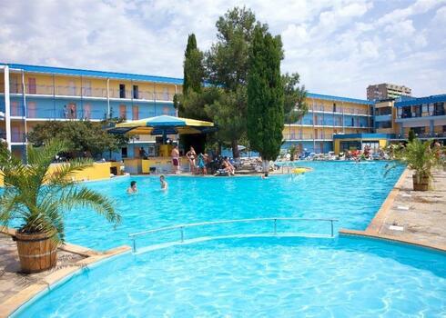 Bulg�ria, Napospart: Hotel Azurro 3*