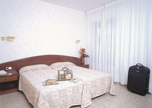Costa Brava  Maresme, Lloret de Mar: Hotel La Carolina 3*