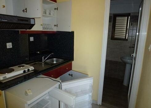 G�r�gorsz�g, Sarti: Michalis apartman, 2-3 f�s st�di�ban, aut�busszal (vid�ki felsz�ll�ssal is)