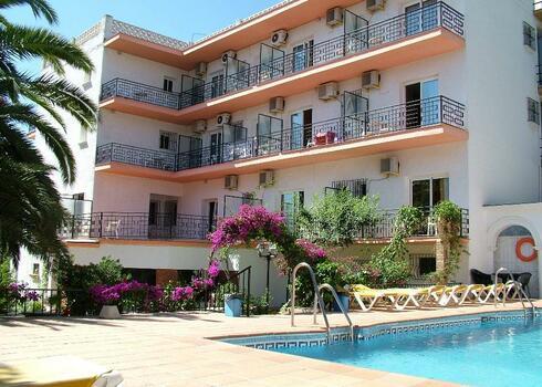 Costa del Sol, Torremolinos: Hotel Carmen Teresa 3*