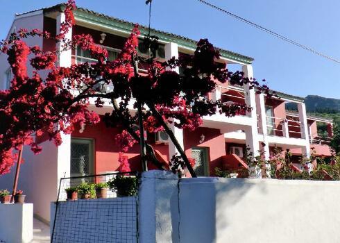 Korfu, Messonghi: Maria Apartmanh�z, 2 f�s st�di�