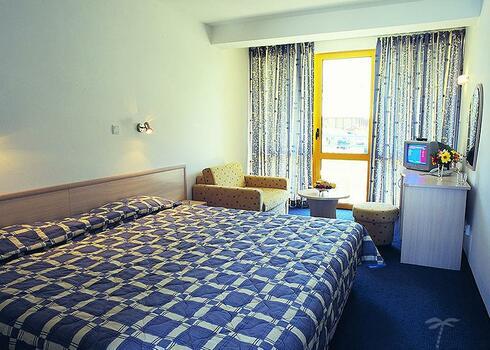 Bulg�ria, Napospart: Park Hotel Continental & Prima 3*