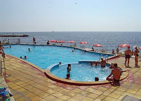 Bulg�ria, Pomorie: Interhotel Pomorie �j Sz�rny 3*, all inclusive