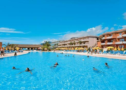 Tenerife, Puerto de Santiago: Be Live Family Costa Los Gigantes 4*+, all inclusive