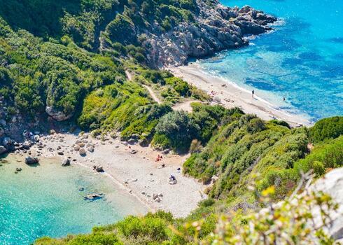 Korfu, Moraitika: Panorama apartmanh�z, 2 f�s st�di�, debreceni indul�ssal