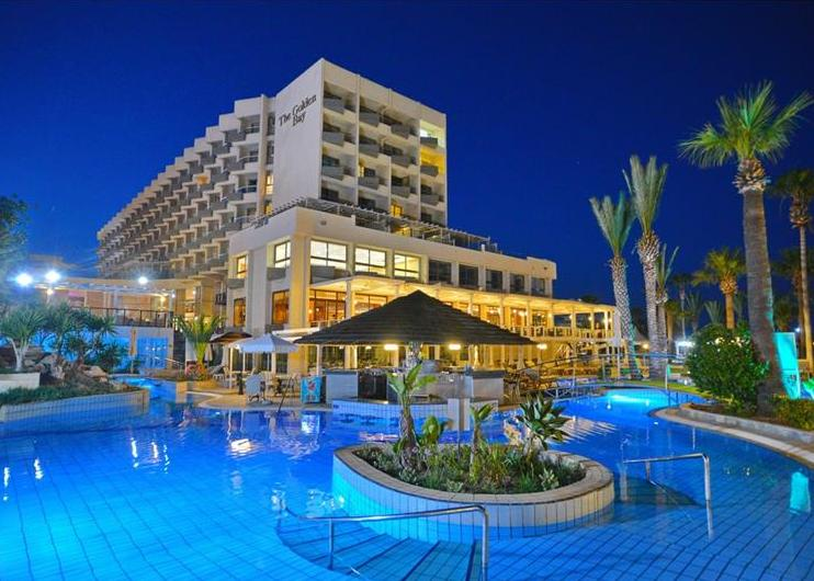 Ciprus, Larnaca: Hotel Golden Bay Beach 5*, all inclusive, debreceni indulással