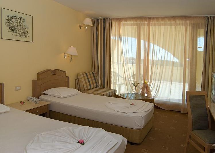Hotel Belleville & Holiday Village Duni 4*