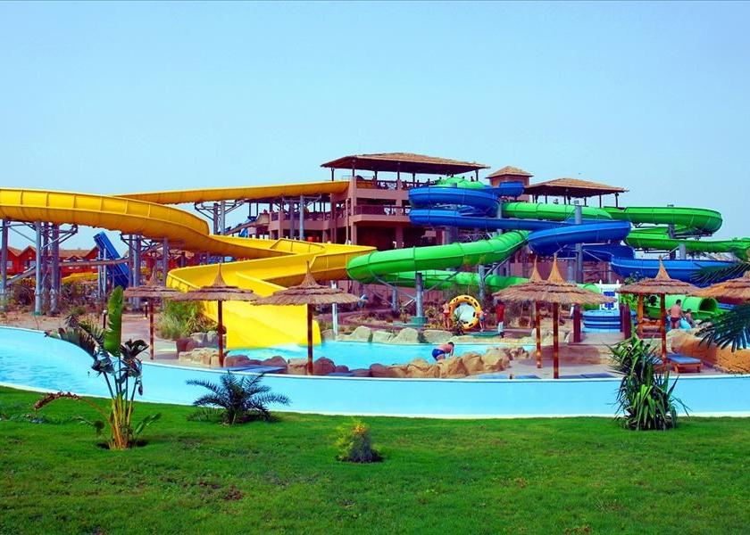 Pickalbatros Jungle Aqua Park & Spa 4*