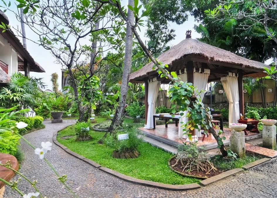 Sativa Sanur Cottages 3*