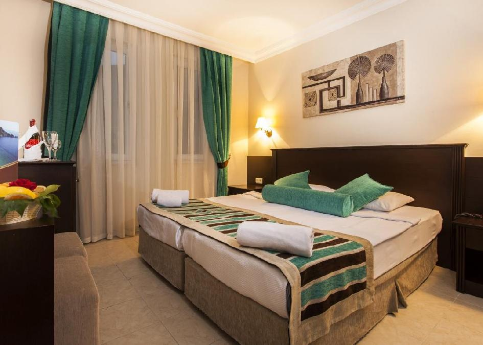 Kleopatra Royal Palm Hotel 4*
