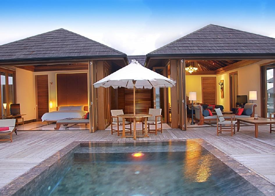 Paradise Island Resort & Spa 4* Villa Hotels