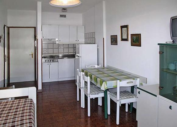 Holiday Apartmanház