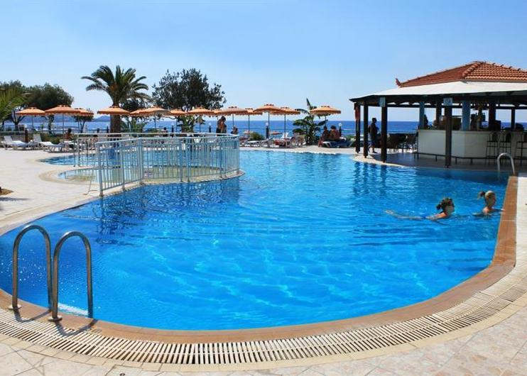 Rodosz, Lardos: Kamari Beach Hotel 3*, all inclusive
