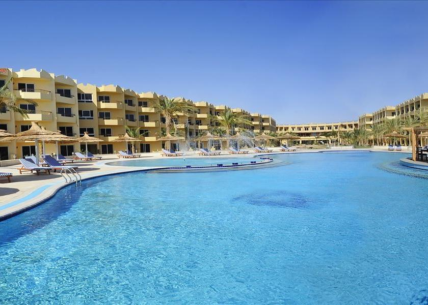 Egyiptom, Hurghada: Amwaj Blue Beach Resort & Spa 5*, all inclusive