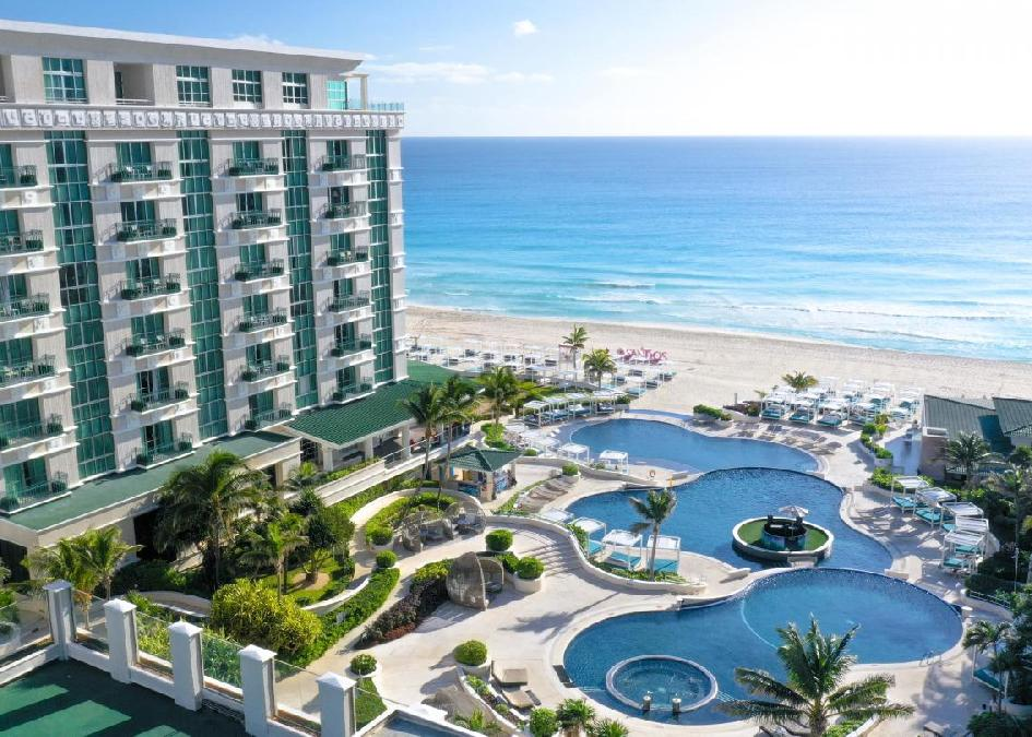 Sandos  Cancun Lifestyle Resort 5*