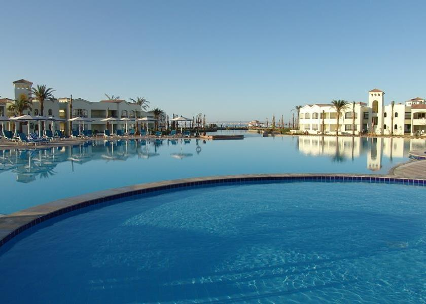 Egyiptom, Hurghada: Dana Beach 5*, all inclusive