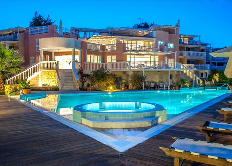 Gerakas Belvedere Luxury Suites 4*