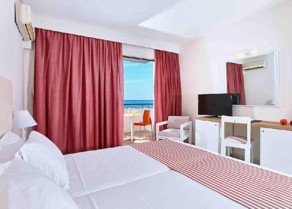 Zephyros Beach Boutique Hotel 4*