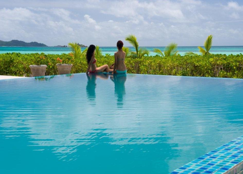 Acajou Beach Resort Hotel / Praslin 4*