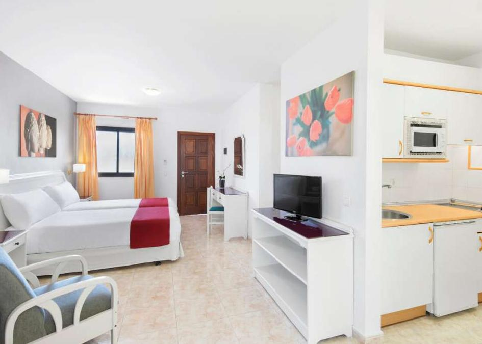 Elba Lucia Sport And Suite Hotel 3*