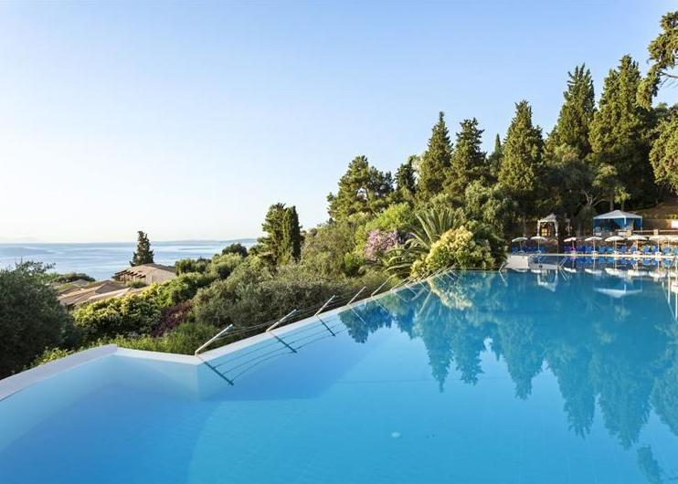 Aeolos Beach Resort Corfu 4*