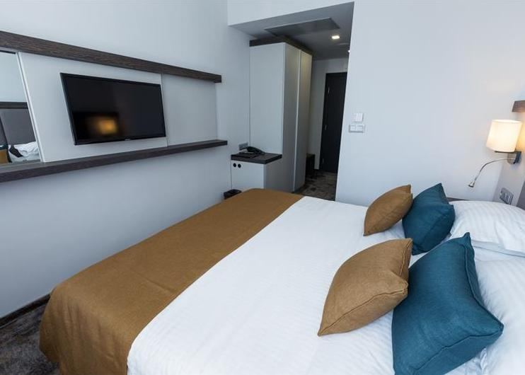 Best Western Plus Premium Inn 4*