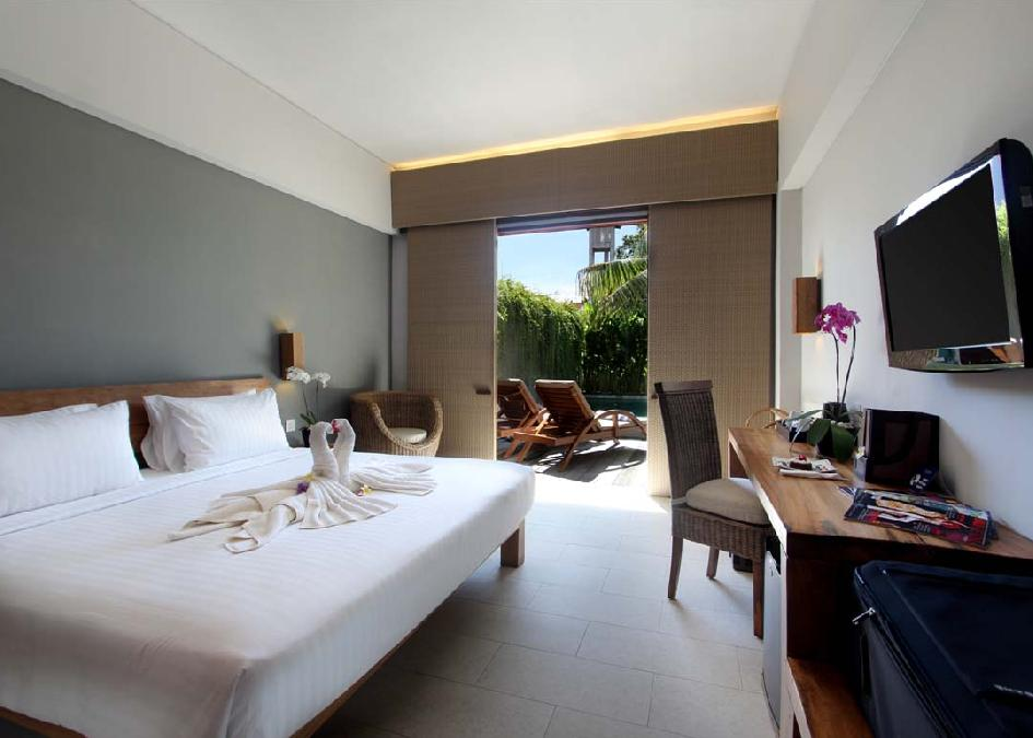The Oasis Lagoon Hotel 4*