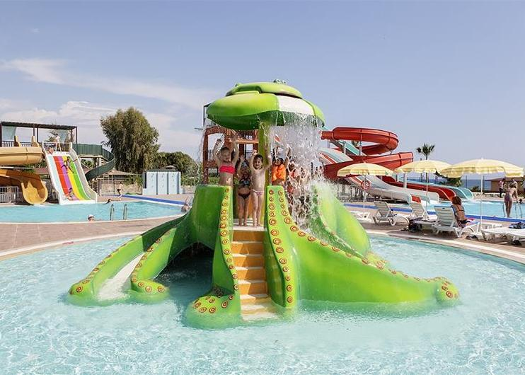 Club Turtas Beach Hotel 4*