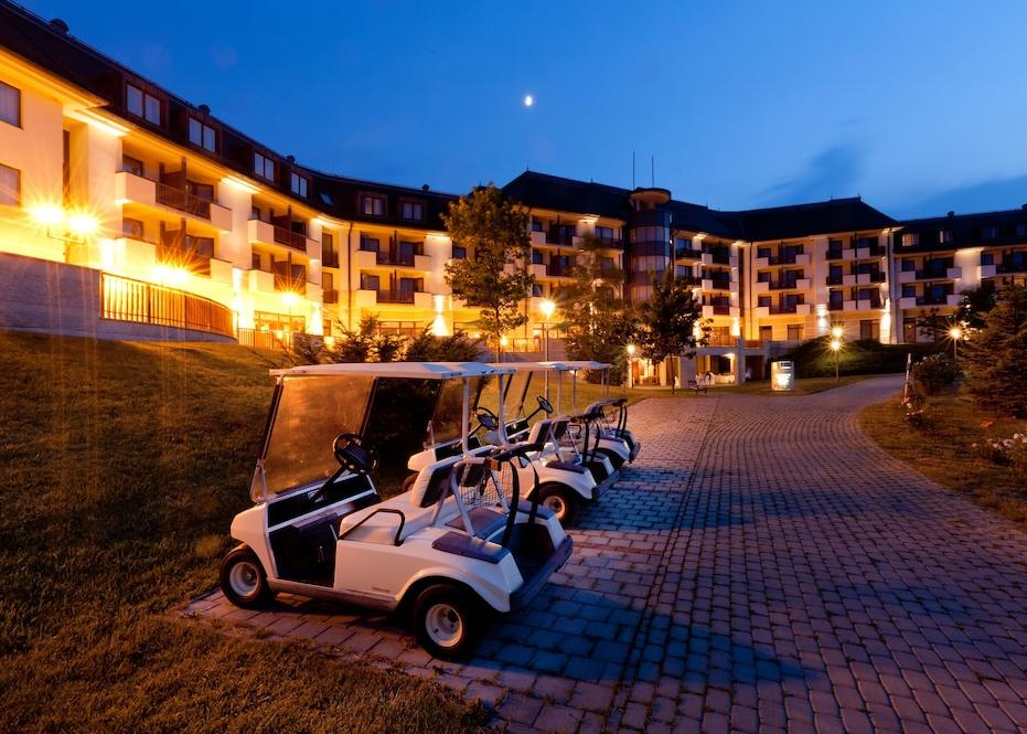 Bük: Greenfield Hotel Golf & Spa 5*
