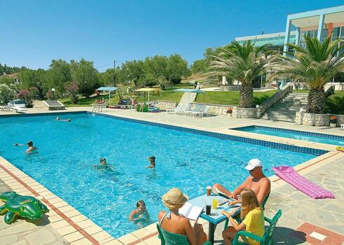 Chalkidiki, Siviri: Hotel Iris Beach 3*, all inclusive
