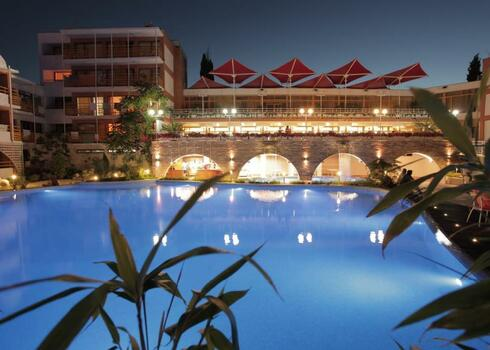 Bulg�ria, Nessebar: Klub O�zis Nessebar Beach Resort 3*+, all inclusive