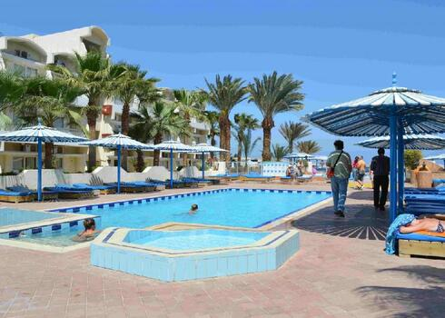Egyiptom, Hurghada: Triton Empire Beach 3*, all inclusive
