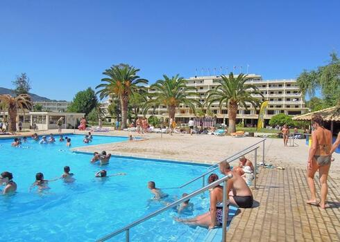 Korfu, Moraitika: Messonghi Beach Hotel 3*, all inclusive