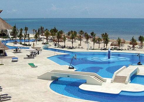 Mexico, Playa del Carmen: Bluebay Grand Esmeralda 5*, all inclusive