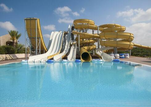 Észak-Ciprus, Famagusta: Kaya Artemis Beach Resort & Casino 5*, all inclusive