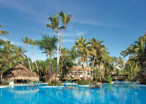 Dominikai K�zt�rsas�g, Punta Cana: Meli� Caribe Tropical 5*, all inclusive