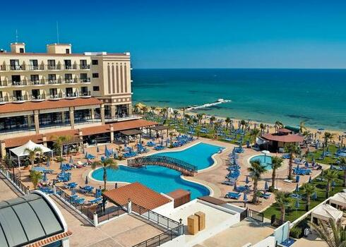 Ciprus, Protaras: Constantinos The Great Beach Hotel 5*, all inclusive