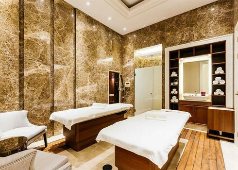 Észak-Ciprus, Kyrenia: Lord`s Palace 5*, all inclusive