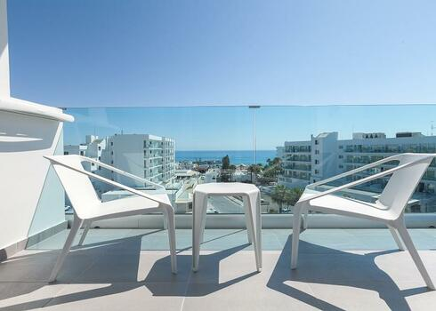 Ciprus, Protaras: The Blue Ivy Hotel 4*