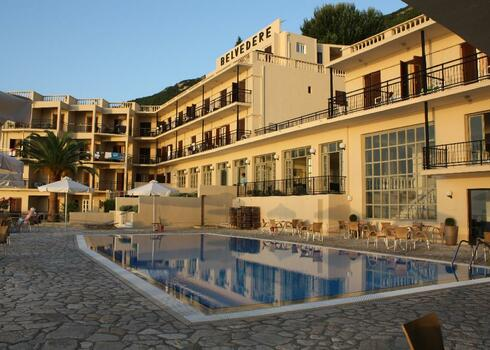 Korfu, Benices: Belvedere 3*, all inclusive